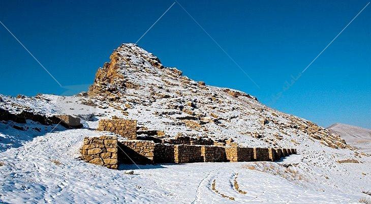 دژ بسطام در همسایگی روستای بسطام در غرب شهر قرهضیاءالدین، در بخش مرکزی شهرستان چایپاره و در نزدیکی شهرستان خوی قرار دارد.