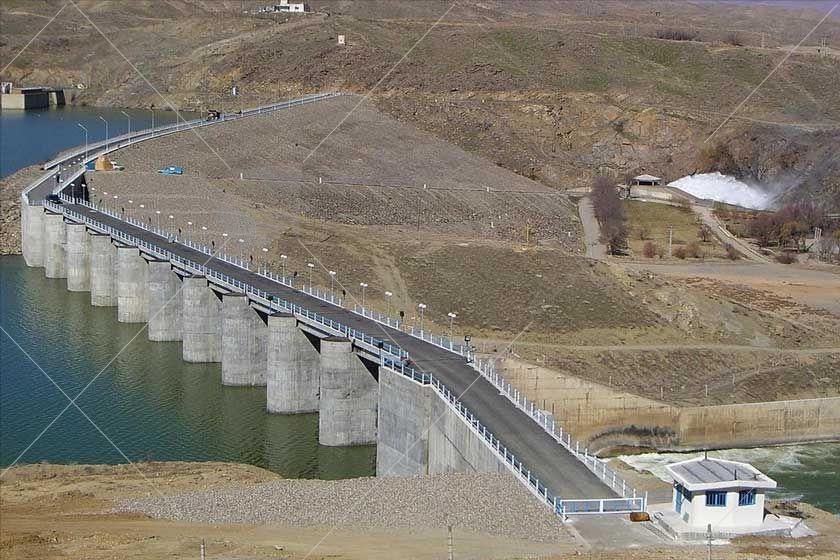 سد بوکان یا سد شهید کاظمی یکی از سدهای بزرگ ایران با هسته رسی است که در ۳۵ کیلومتری جنوب شرقی شهر بوکان و در استان آذربایجان غربی قرار دارد.