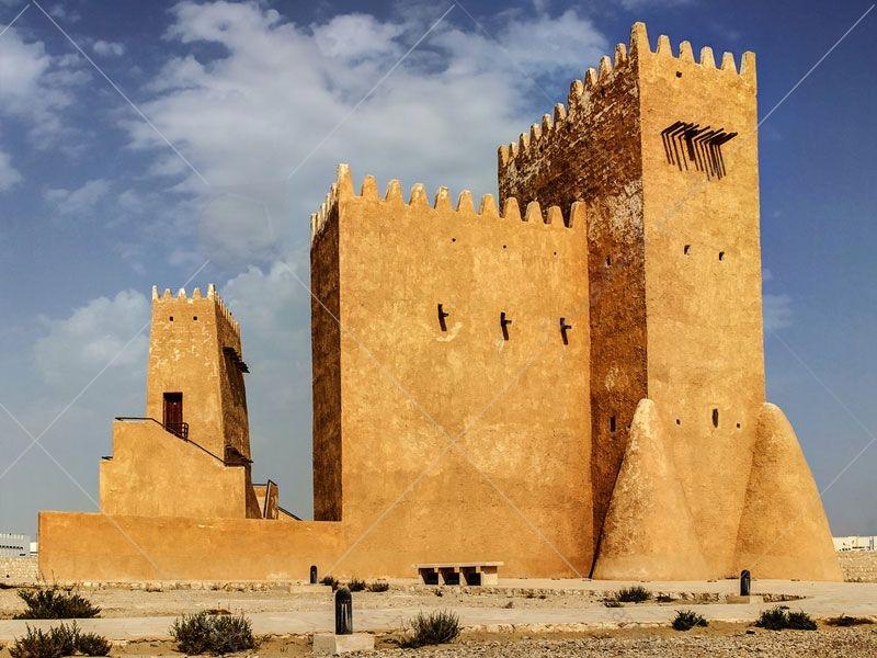 برج های بارزان که قبل ترها دکل دیده بانی بود در شهرداری ام صلال محمد قرار دارند و به شکل تی شکل ساخته شده است.