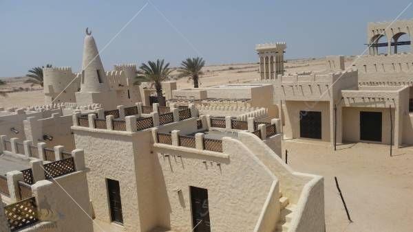 یکی از این جاذبه های دیدنی که باید بازدید از آن را در صدر لیست گشتهای خود قرار دهید، شهر فیلم دوحه نام دارد که در یک روستای قدیم عربی و در پشت یک دره قرار گرفته است.