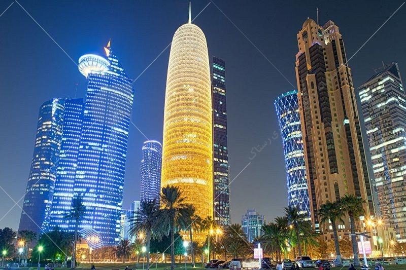 ب و هوای کشور قطر بیابانی و گرم و خشک است و زمستان های این کشور نیز خنک اعلام شده است