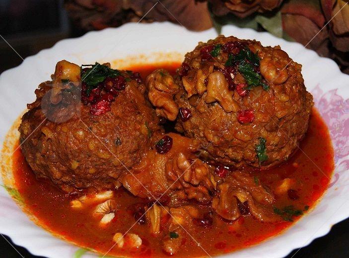 اگر بخواهید غذاها و یا خوراکی های کل ایران را لیست کنید شک نکنید که « کوفته تبریزی» در زمره ی پنج نوع خوردنی اول ایران قرار می گیرد.