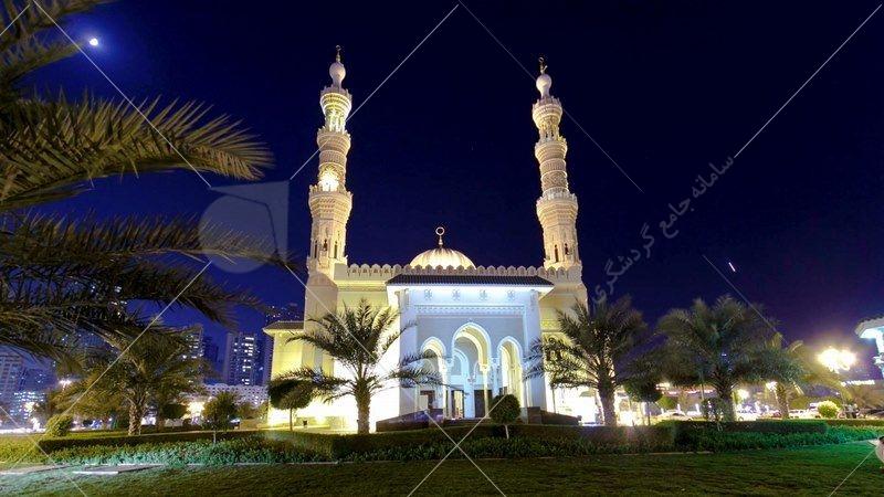 در بازدید از این شهر میتوانید به تماشایِ مسجدی مدرن به نام مسجد جمیرا بروید که با معماری بینظیری مزین شده است. این مسجد، شبیه