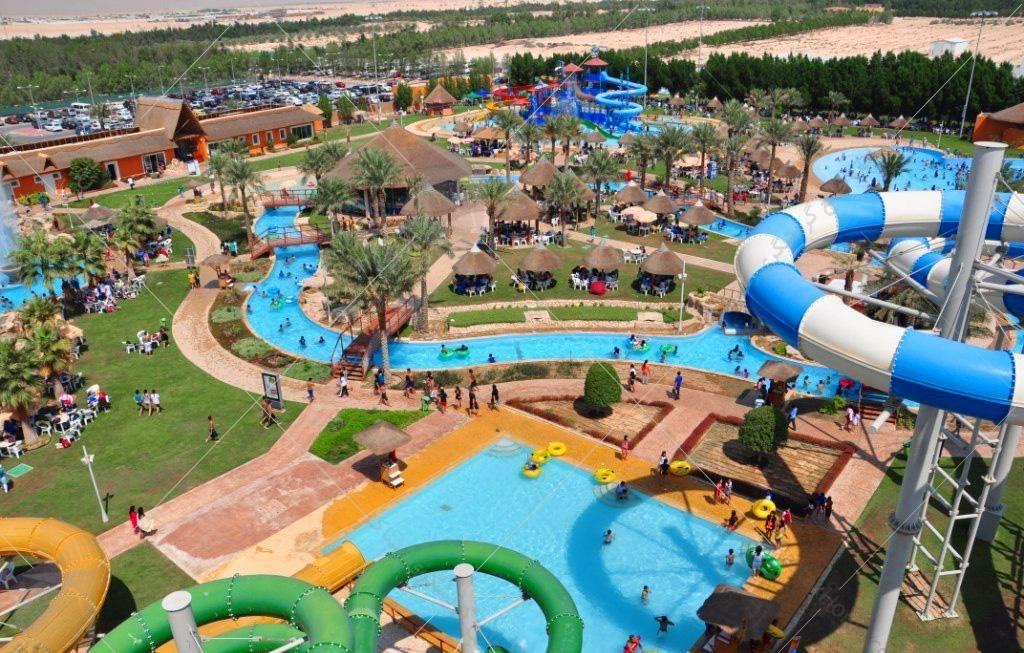 در این میان یکی از مراکز تفریحی دوحه پارک آبی قطر است که در منطقه ابو نخلا واقع شده است و بی شک یکی از بهترین پارک های آبی موجود در خاورمیانه است.