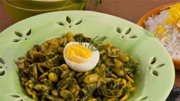 باقلاقاتق، باقلا خورش نوعی خورش از قدیمی ترین غذاهای محلی آشپزی گیلان است