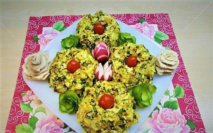 این غذای محبوب، بیشتر به عنوان پیش غذا و یا عصرانه محسوب می شود و یک غذای تابستانی است.