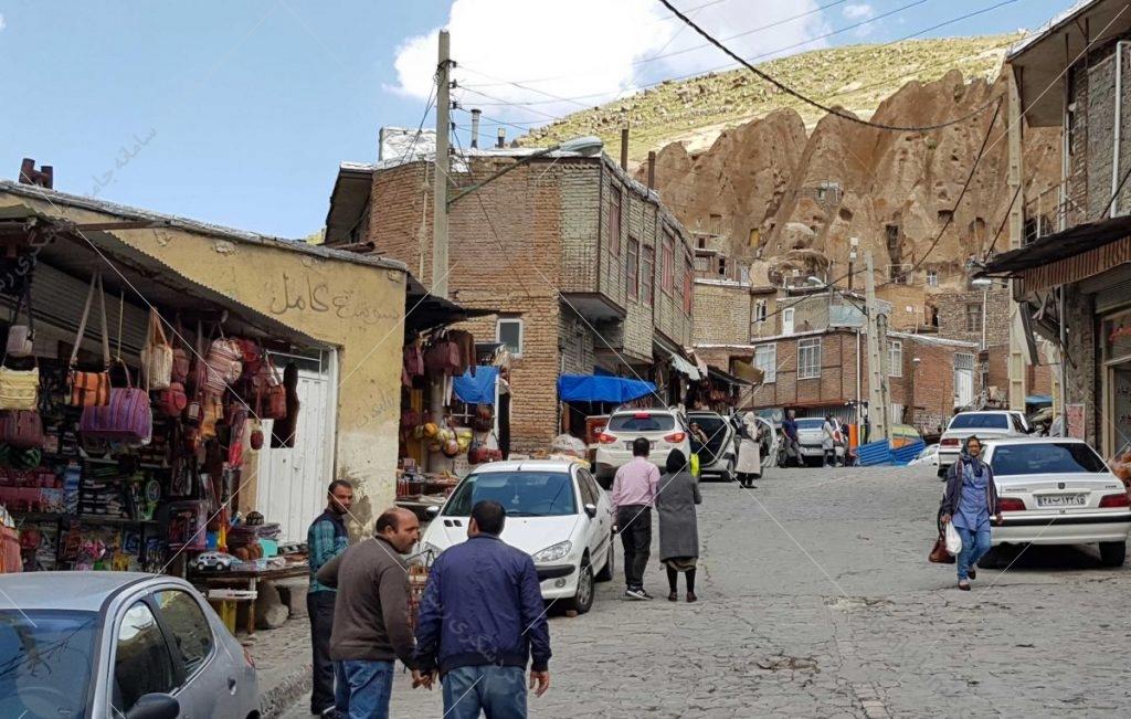 داخل روستا عکس از رستاک