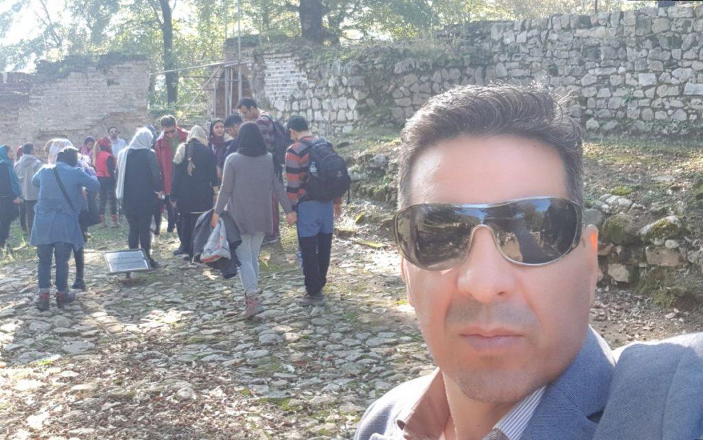 من به همراه تور گردشگری در حمام تاریخی عباس اباد بهشهر