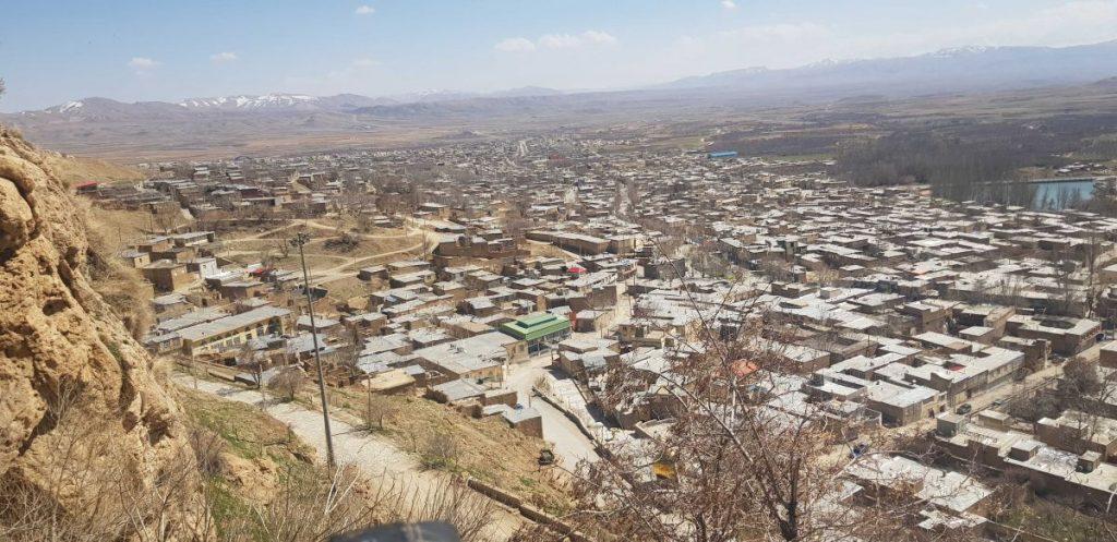نمایی از شهر سمیرم عکس از رستاک