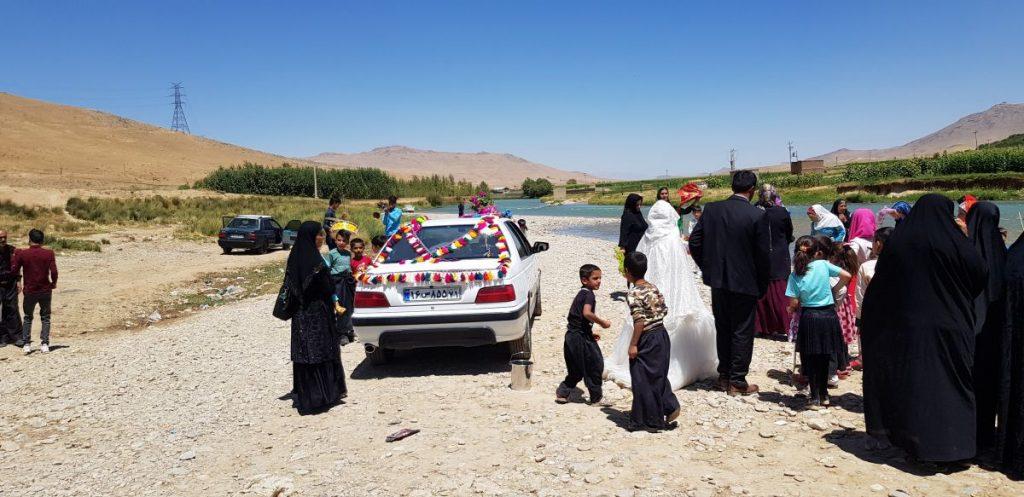 تزیین ماشین عروس در عروسی بختیاری ها عکس از رستاک