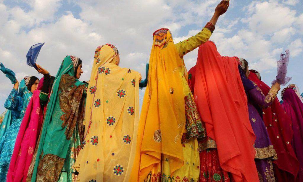 رقص محلی زنان