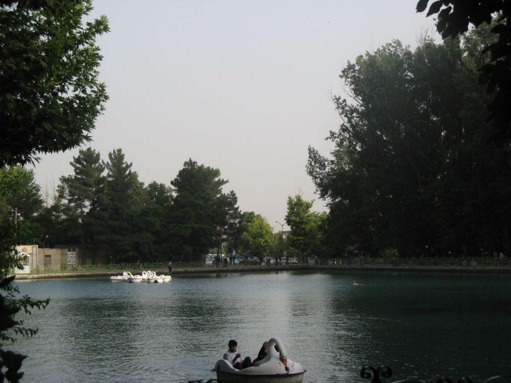دریاچه عکس از رستاک