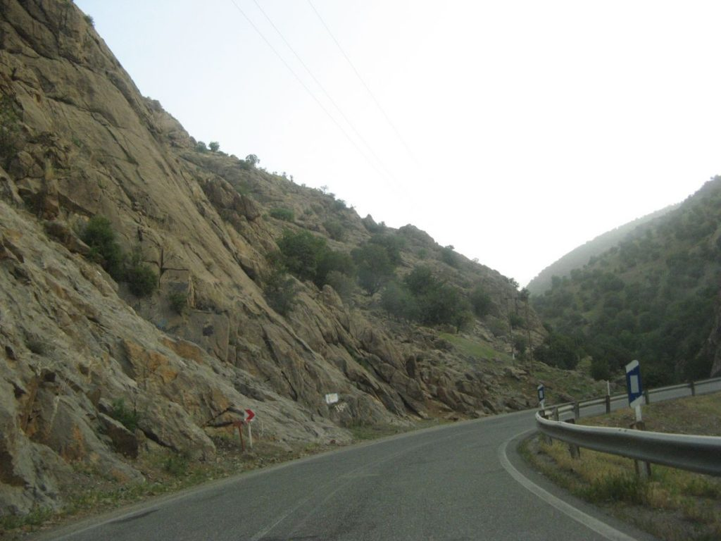 طبیعت بهاری کردستان  سامانه جامع گردشگری رستاک